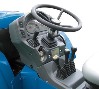 traktor_bcs_valiant_v650rs_upravlenie.jpg
