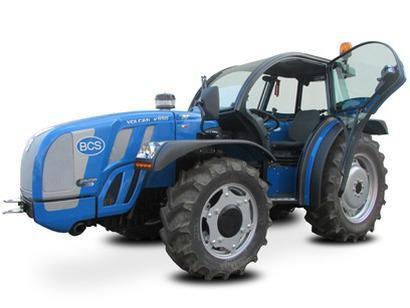 traktor_bcs_volcan_sdt_v800_dualsteer_kabina.jpg